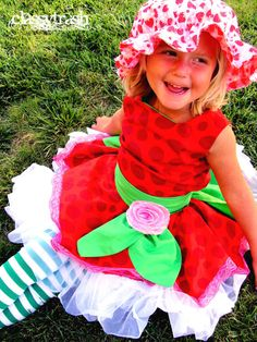 Hey, I found this really awesome Etsy listing at https://www.etsy.com/listing/80542948/funky-berry-strawberry-shortcake