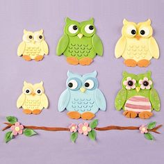 Best price Owl Cutter Set by Patchwork Cutters Beautiful Cake Designs, Beautiful Cakes, Cake Decorating Equipment, Christmas Cake Designs, Rolling Fondant, Fondant Icing, Christmas Hat, Christmas Cakes, Fondant Flowers