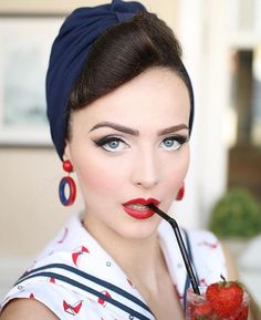 Bésame 1959 Red Hot Red and the lovely @iddavanmunster ❤ a perfect warm, bright classic lip shade!
