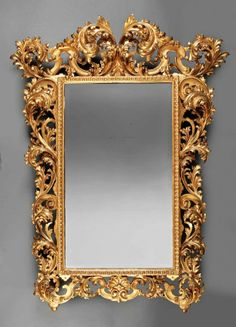 An Italian Rococo Highly Carved Giltwood Mirror : Lot 117