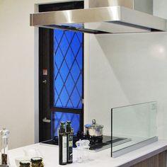 キッチンディバイダー 耐熱ガラス(強化ガラス)油はね防止ガラス金物の販売