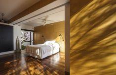 Modernes japanisches Einfamilienhaus elegant bodenbelag
