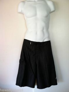 Da Hui Hawaiian board shorts in classic black