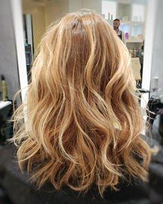 Wild hair #hairideas #haircut #monaco #mymontecarlo #aveda #avedafrance #styledbyaveda #avedaartist #lovemyjob #hairwaves #fashion #monacofashion #blondehairdontcare #instahair #franchriviera #bloggers #blondehair #bronde #shatush #ericzemmourmonaco