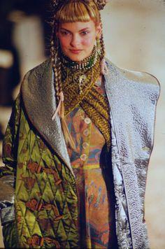 Jean paul Gautier Runway Show FW 1994 Beverly Peele, Angie Everhart, Lolita Lempicka, Linda Evangelista, Fashion Details, Fashion Ideas, John Galliano, Couture Collection, Jean Paul Gaultier