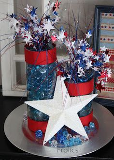 Firecracker table decor of july party, of july celebr Patriotic Crafts, Patriotic Party, July Crafts, Summer Crafts, Holiday Crafts, Holiday Ideas, 4th Of July Celebration, 4th Of July Party, Fourth Of July
