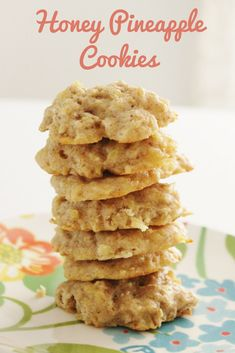 Delicious Honey Pineapple Cookies that will become a new favorite! Whole Food Desserts, Easy Desserts, Whole Food Recipes, Delicious Desserts, Dessert Recipes, Cooking Recipes, Dessert Ideas, Yummy Food, Pineapple Cookies