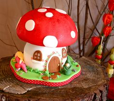 Fairy Toadstool Cake | Flickr - Photo Sharing!