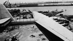 BBC - Future - Aviation giants: Ten super-sized planes from history Millionaire's folly Eccentric industrialist Howard Hughes' H-4 Hercules has the largest wingspan of any plane; but the giant 'Spruce Goose' flew only a handful of times. (Copyright: Getty Images)