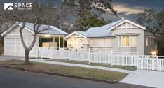 A Classically Built, Beautifully Renovated, Queenslander Queenslander House, Facade House, House Exteriors, Historic Homes, Home Decor Inspiration, Future House, Shed, New Homes, Outdoor Structures