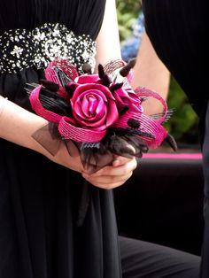 Flax flower wedding bouquet by Artiflax Flax Weaving, Flax Flowers, Flower Bouquet Wedding, Real Weddings, Crafts, Linen Fabric, Manualidades, Handmade Crafts, Craft