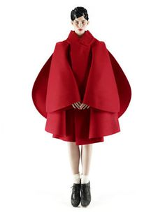 rei kawakubo | Comme des Garçons | high fashion avant garde structural red coat jacket