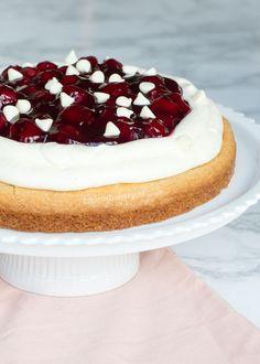 Altijd al eens twee lekkere gebaksels willen combineren? Wat dacht je dan van een MonChou sloffentaart. Smeuïge taartbodem en heerlijke topping.