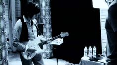 """Seal & Jeff Beck - """"Like A Rolling Stone"""" (Bob Dylan cover) Dance Music, Music Songs, Music Videos, Like A Rolling Stone, Rolling Stones, Famous Musicians, Famous Artists, Bob Dylan Covers, Rock And Roll Fantasy"""