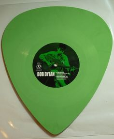 Online veilinghuis Catawiki: Bob Dylan - In The Pines * EP. Limited green colored PLECTRUM SHAPED vinyl *