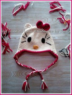 Cappellino bambina Hello Kitty all'uncinetto , by La Luna di Lana - Handmade by Simo, 18,00 € su misshobby.com