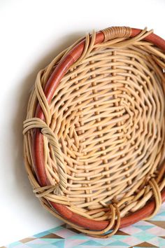 Wonderful Woven - Vintage Oval Woven Two-tone Wicker Flat Basket with Handles, Round Basket Tray, Serving Tray, Decorative Tray Basket Tray, Round Basket, Baskets, Wicker, Rattan, Weaving Art, Basket Decoration, Etsy Shipping, Baby Shower Decorations