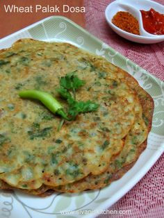 Wheat Palak Dosa is a simple and easy breakfast recipe, this recipe made with wheat flour, besan and chopped spinach.