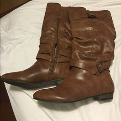 Boots Boots. Comfortable. Barely used Shoes Winter & Rain Boots