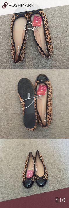 Leopard Ballet Flats Brand new Leopard Ballet Flats Black Patent Leathers Toe,, size 8 Merona Shoes Flats & Loafers