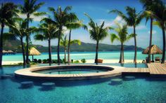 An amazing pool, Bora Bora | Incredible Pictures