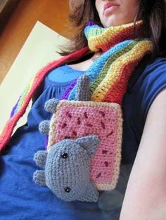 Amigurumi Pop Tart Cat Scarf pattern by Mevlinn Gusick Nyan Cat Scarf! Nyan Cat, Cute Crochet, Knit Crochet, Crochet Hats, Crochet Animals, Cat Amigurumi, Crochet Patterns Amigurumi, Cat Scarf, Aran Weight Yarn