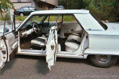 1966 Chrysler 300 4dr