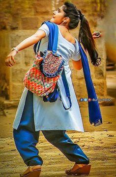 Beautiful Girl Indian, Beautiful Girl Image, Beautiful Indian Actress, Indian Natural Beauty, Indian Beauty Saree, Asian Beauty, Cute Beauty, Beauty Full Girl, Bhojpuri Actress