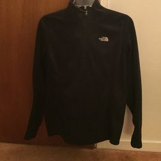Medium sized north face fleece Black, long sleeve fleece from North face. Size medium. North Face Sweaters