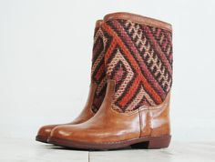 Lea leather Navajo boots brown leather Navajo by VintageChildShop, £60.00