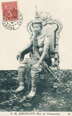 S.M. Sisowath (Roi du Cambodge) - Phnom Penh 1908   by manhhai Old Pictures, Old Photos, Vintage Photos, Cambodian People, Angkor Wat Cambodia, Khmer Empire, Thai Art, Phnom Penh, Historical Maps