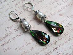 Emerald Teardrop Earrings - Swarovski Crystals Rhinestones Pearls