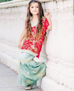 New Pictures of Cutest and Youngest Pakistani/American 4 years Old Model Miah Dhanani Cute Baby Girl Images, Cute Little Baby Girl, Little Girl Models, Cute Girls, Baby Girls, Cute Girl Dresses, Little Girl Dresses, Pakistani Kids Dresses, Kids Dress Patterns