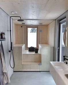 My dream bathroom come true. Check out the glasses in Tulikivi steam room. Japanese Home Design, Japanese House, Sauna Design, Steam Sauna, Black Shower, Steam Room, Bathroom Toilets, Bathroom Inspiration, Home Renovation