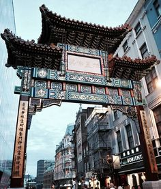 "199 Likes, 7 Comments - Gabriella Buzas (@epicstreetstyle) on Instagram: ""No China this year... but we still have Chinatown 😉 . ."" love London architecture streetview facades gate"