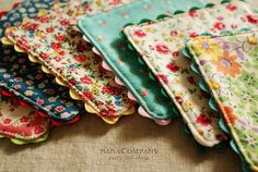 Totally adorbz vintagey cloth coasters with ric rac trim. Tutorial included!!!