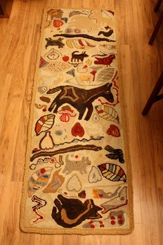This is my ultimate favourite rug I have ever hooked.  Its up for sale on Etsy.