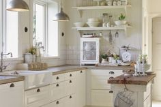 Shabby Chic per la Tua cucina? Ecco 15 idee che sapranno ispirarti…
