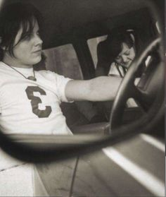 Jack White and Meg The White Stripes awww they look so cute and young here!