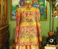 Vintage Peach Asian Evening Jacket . High Quality Brocade . Chinoiserie . Landscape Floral Motif . Exquisitely Tailored . Earth Goddess Coat