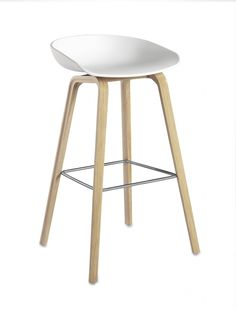 Barkruk Hay About A Stool AAS32 wit