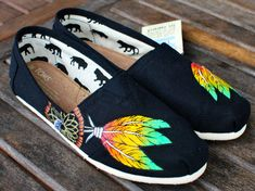 Hey, I found this really awesome Etsy listing at http://www.etsy.com/listing/107684816/custom-hand-painted-toms-rasta-dream