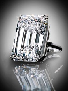 A spectacular emerald-cut diamond, 100.20-carat, type IIa diamond. Its D colour and internally flawless clarity are exceptionally rare at…