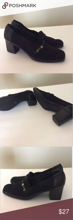 Rangoni Firenze Loafer Heels Black 9B Italian Made Made in Italy fabric and leather shoes. Black stacked block heel. Loafer styling. Beautiful pre-owned shoes that will become a staple in your work wardrobe. Rangoni Shoes Heels