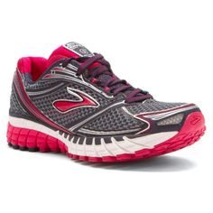 Top picks lists and reviews of the best walking shoes by shoe types, including performance, motion control, trail shoes, toning shoes and walking sandals.