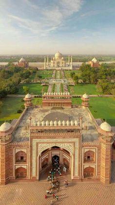 Taj Mahal, Agra, India / A white Marble Mausoleum built by Mughal Emperor Shah J. - Taj Mahal, Agra, India / A white Marble Mausoleum built by Mughal Emperor Shah Jahan in memory of h - Goa India, India Tour, Delhi India, Taj Mahal, Varanasi, Tourist Places, Places To Travel, Mughal Architecture, Ancient Architecture