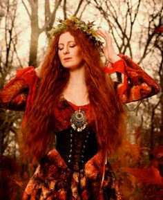 I did a similar Autumn Princess photo shoot years ago. Made the dress myself! :-) ~ trish ...... Redhead - Autumn Fairy ** LARGE PHOTO **