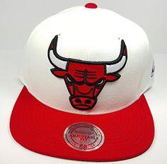 5f1b6eee6cd Mitchell   Ness Chicago Bulls STA3 XL Logo White Red Adjustable Snapback Hat  NBA