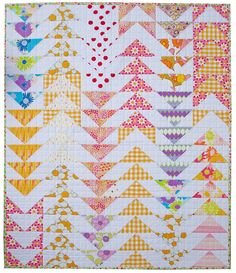 Dreamin' Vintage Flying Geese Baby Quilt by Red Pepper Quilts