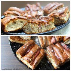 Tahini koláč z bílého máku s hruškami Tahini, French Toast, Bacon, Breakfast, Food, Diet, Morning Coffee, Essen, Meals